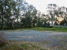 Ample space for parking and a picnic